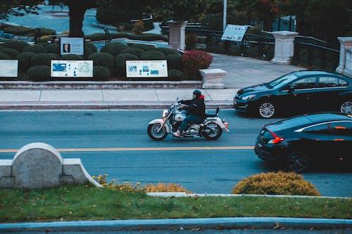 Foto profissional grátis de ágil, anônimo, asfalto