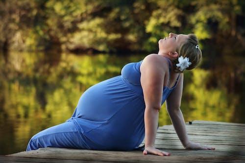 Fotobanka sbezplatnými fotkami na tému bábätko, človek, tehotná, žena
