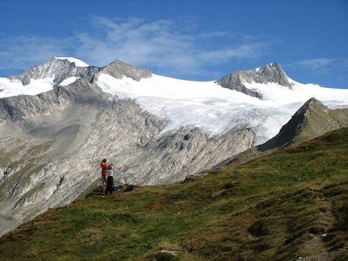 Foto stok gratis alam, gunung, kaum wanita, laki-laki