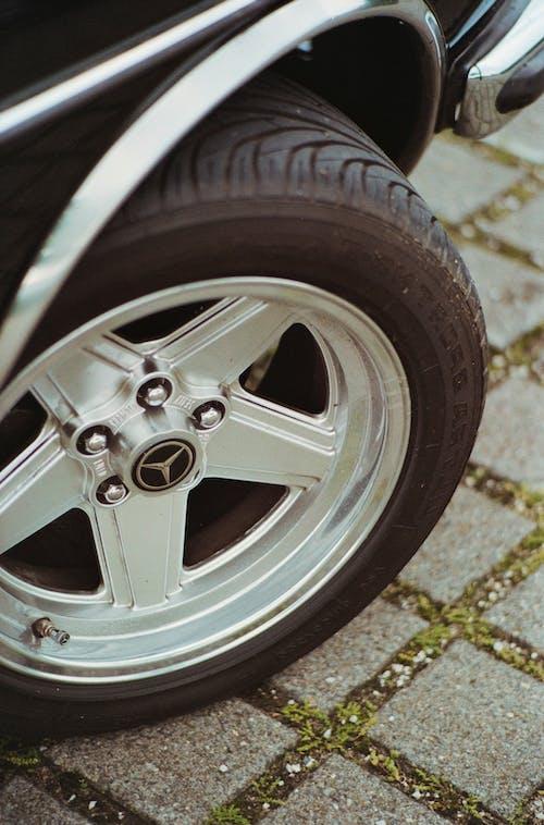 Silver Mercedes Benz 5 Spoke Wheel With Tire