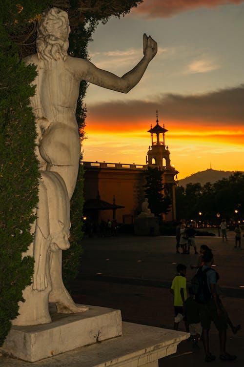 Fotos de stock gratuitas de Barcelona, cielo de la tarde, desnudez, desnudo