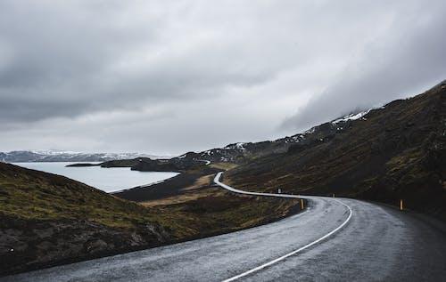 감기, 겨울, 경치, 고속도로의 무료 스톡 사진