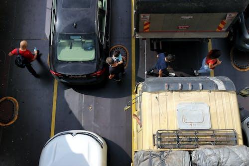 Gratis stockfoto met araba, auto, autobus, bus