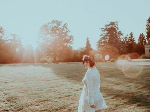 Δωρεάν στοκ φωτογραφιών με αγάπη, Άνθρωποι, αυγή, γαμήλια τελετή