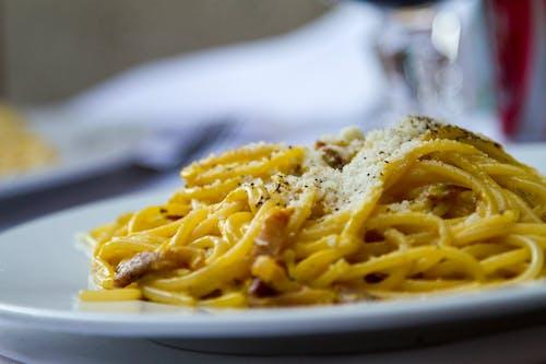 Foto d'estoc gratuïta de alfàbrega, àpat, carn, cuina