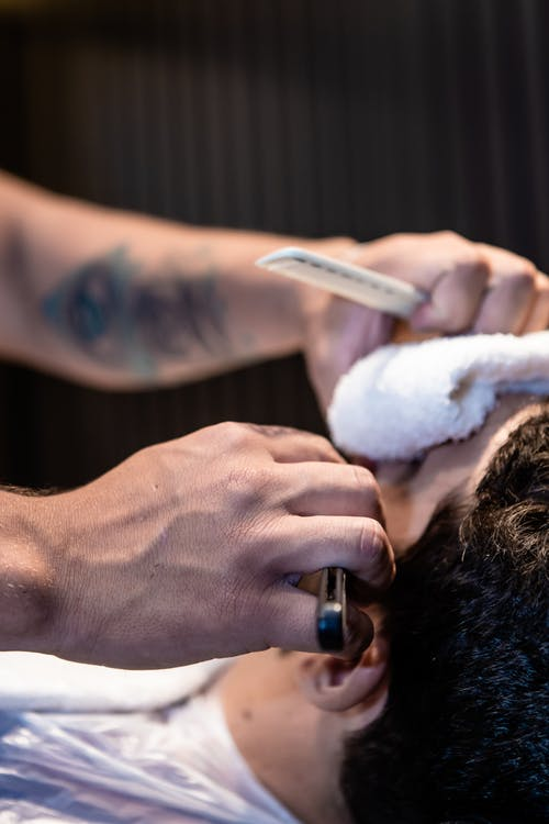 Photos gratuites de à l'intérieur, adulte, appliquer, barbier