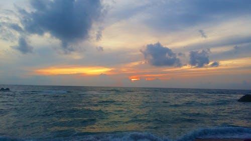 Kostnadsfri bild av strand solnedgång