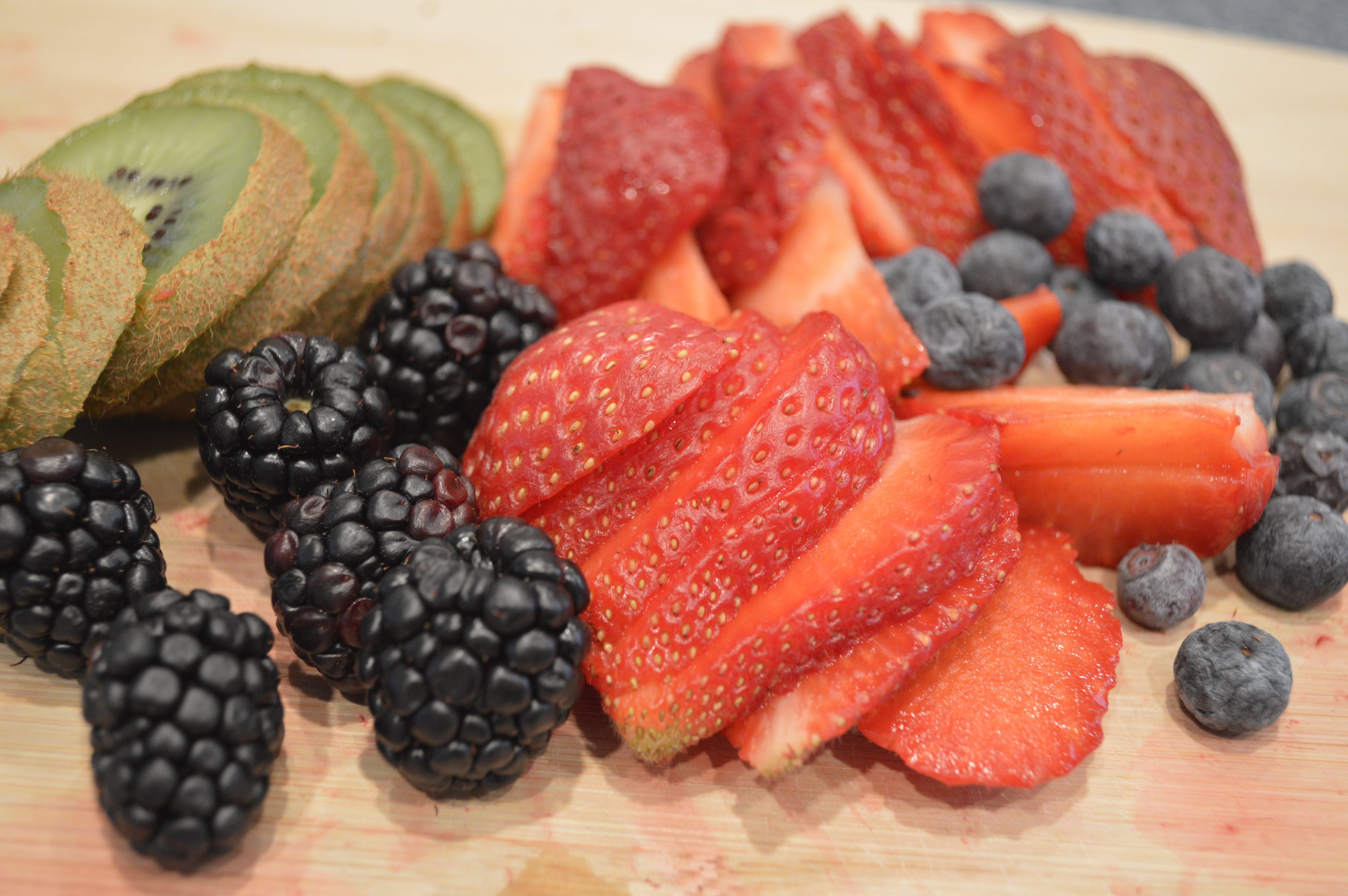 Free stock photo of blackberries, blueberries, cutting board, fruit