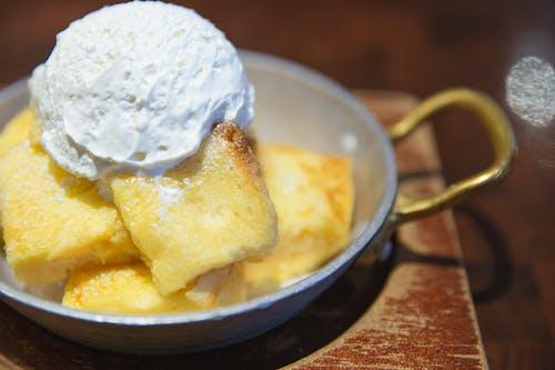 Delicious vanilla dessert with ice cream