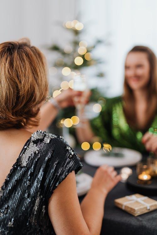 Immagine gratuita di amici, bevande, bevande alcoliche