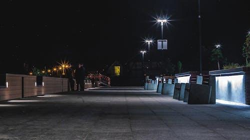hel, 人行道, 晚上, 林荫大道 的 免费素材照片