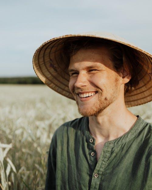 Gratis lagerfoto af ansigt, glad, landmand