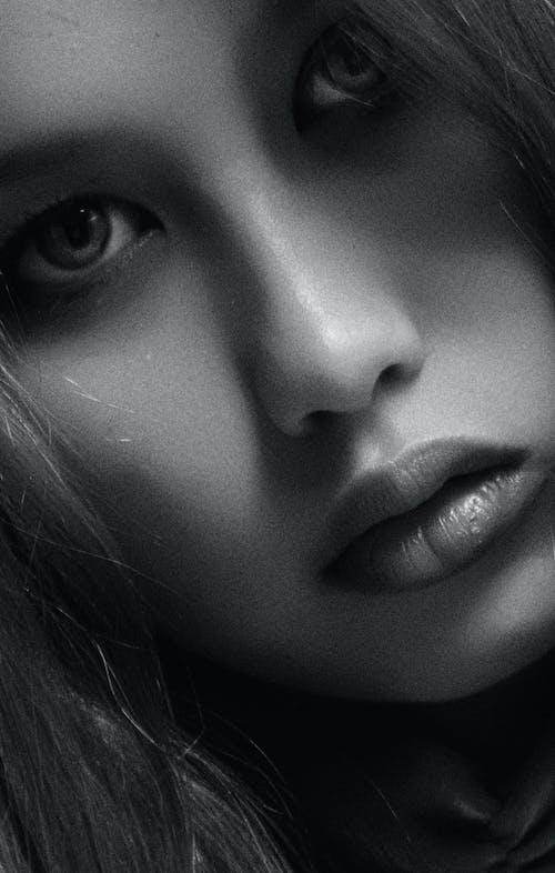 Immagine gratuita di adulto, bellissimo, bianco e nero, capelli