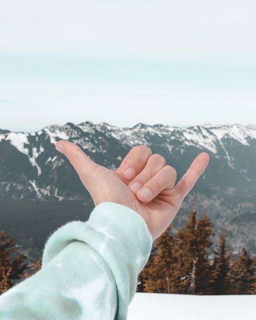 Бесплатное стоковое фото с вода, высокий, гора, горный снег