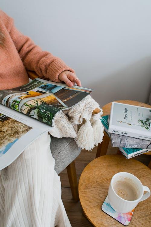 Δωρεάν στοκ φωτογραφιών με αίθουσα αναμονής, ανάγνωση, αναψυκτικό