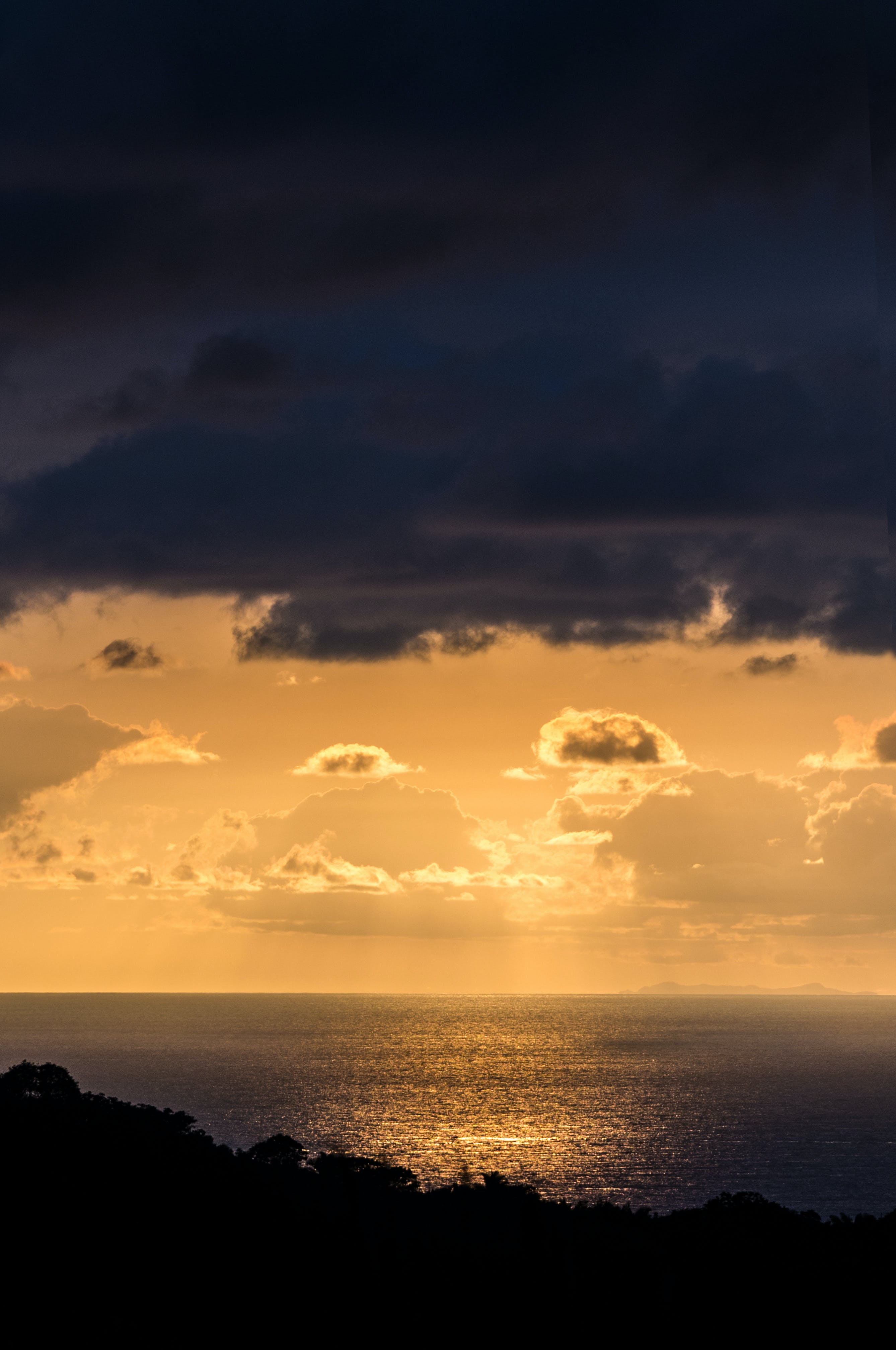 Free stock photo of sunset, clouds, ocean, silhouette