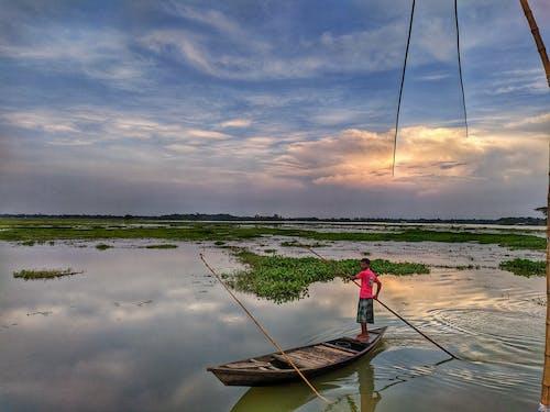 Free stock photo of beautiful nature, boat, boatman