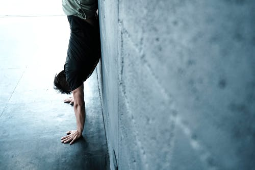 Free stock photo of athlete, crossfit, exercise, handstand