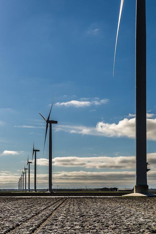 Kostenloses Stock Foto zu außerorts, blauer himmel, erneuerbare energie