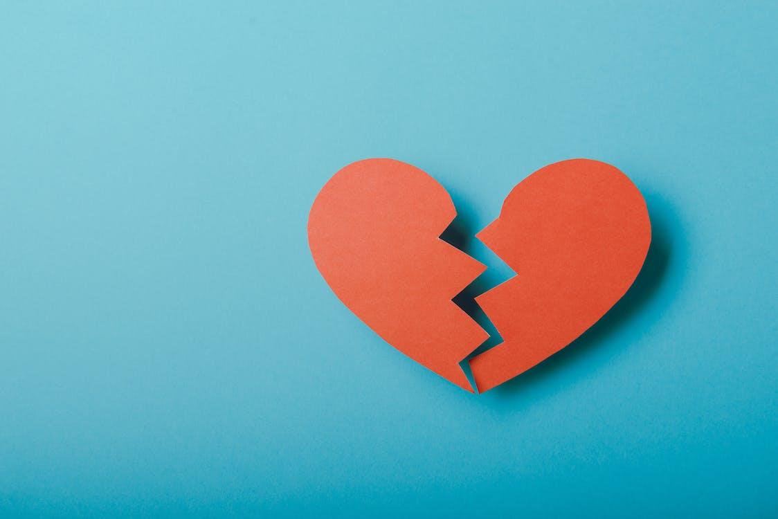Tại sao chia tay khi vẫn còn yêu