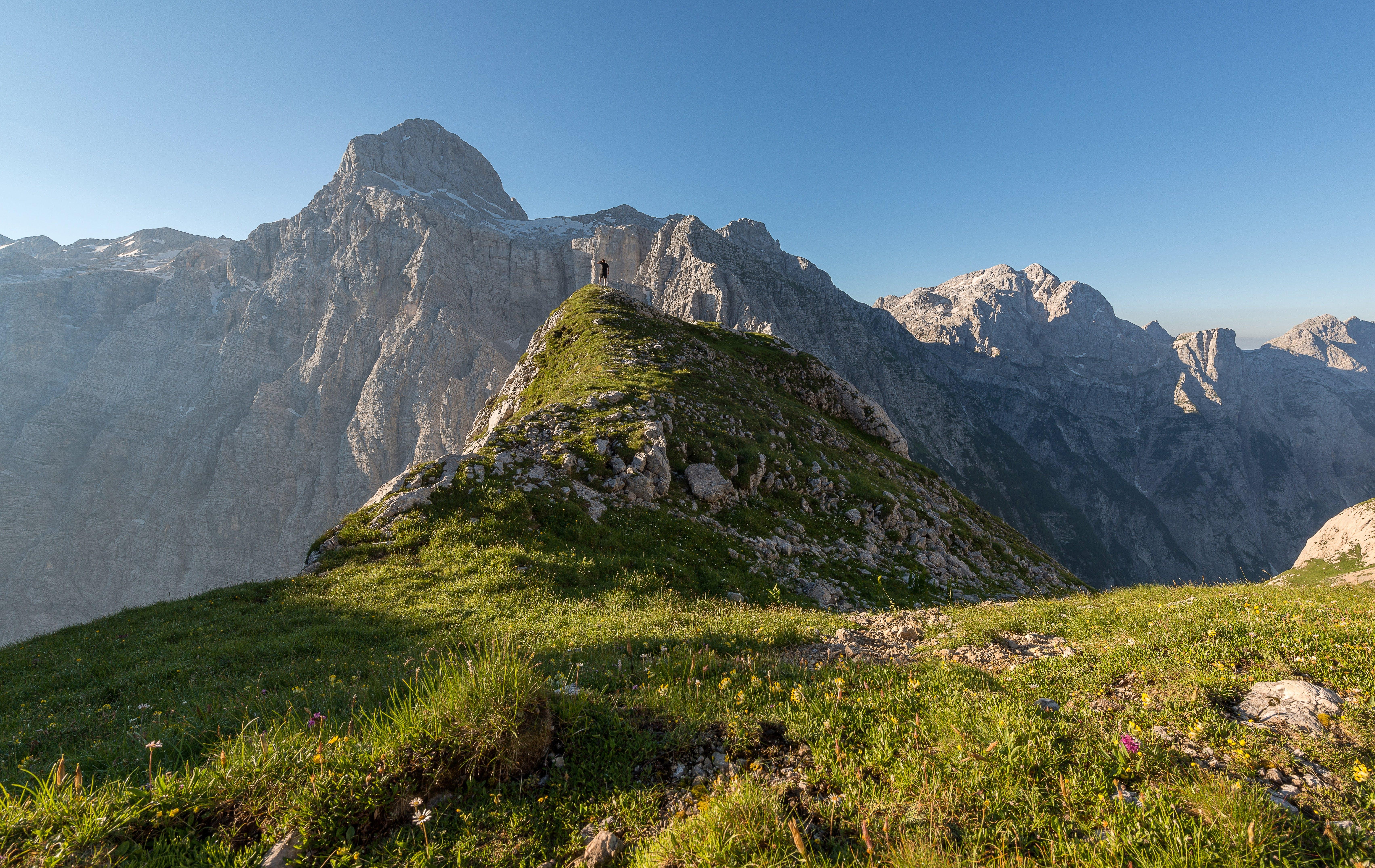 Foto d'estoc gratuïta de alps, alt, aventura, caminada