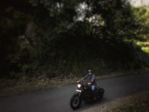 Ilmainen kuvapankkikuva tunnisteilla intialainen, intialaiset moottoripyörät, jawa, miehet