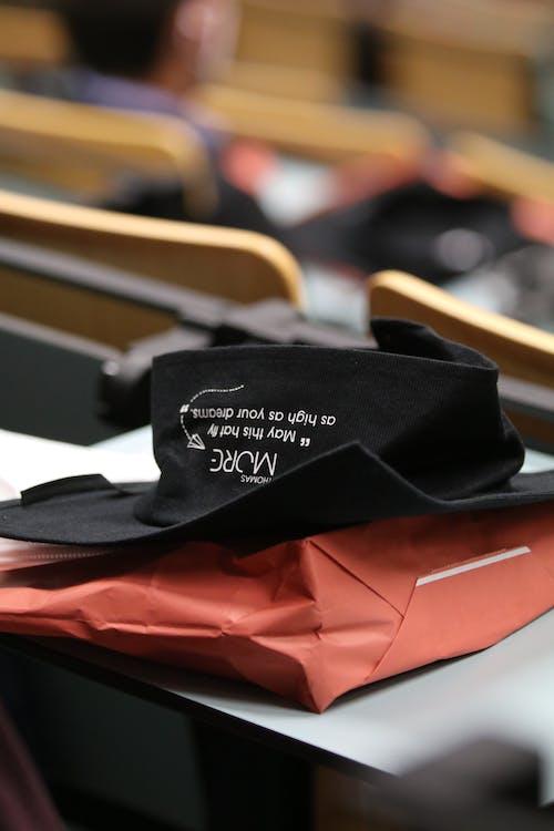 Free stock photo of graduation cap