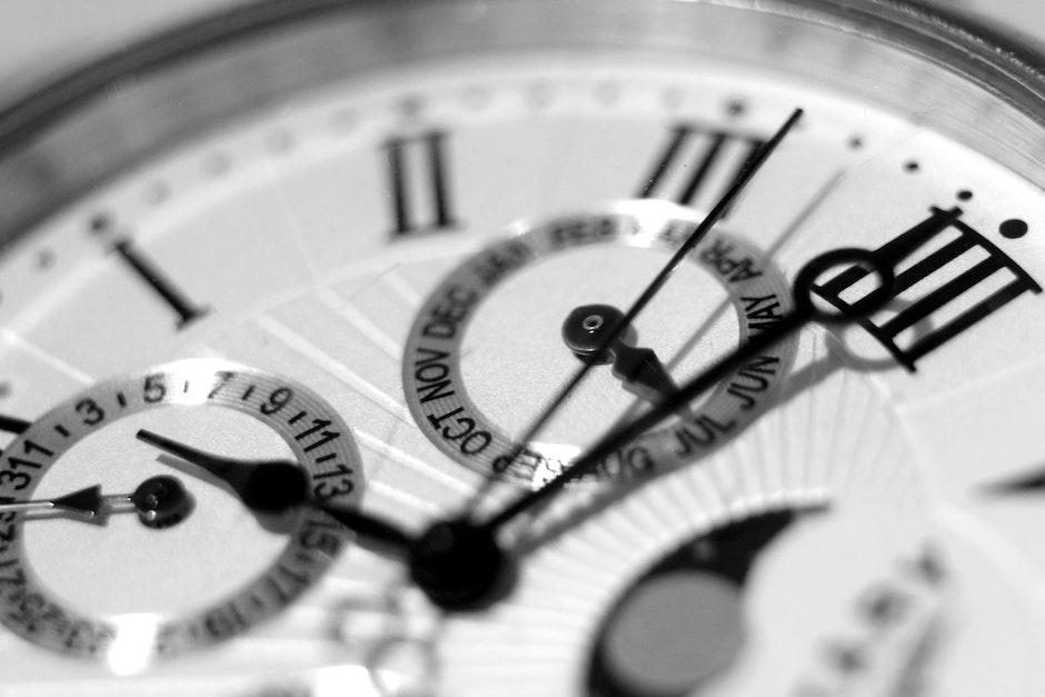 accuracy, alarm clock, Analogue