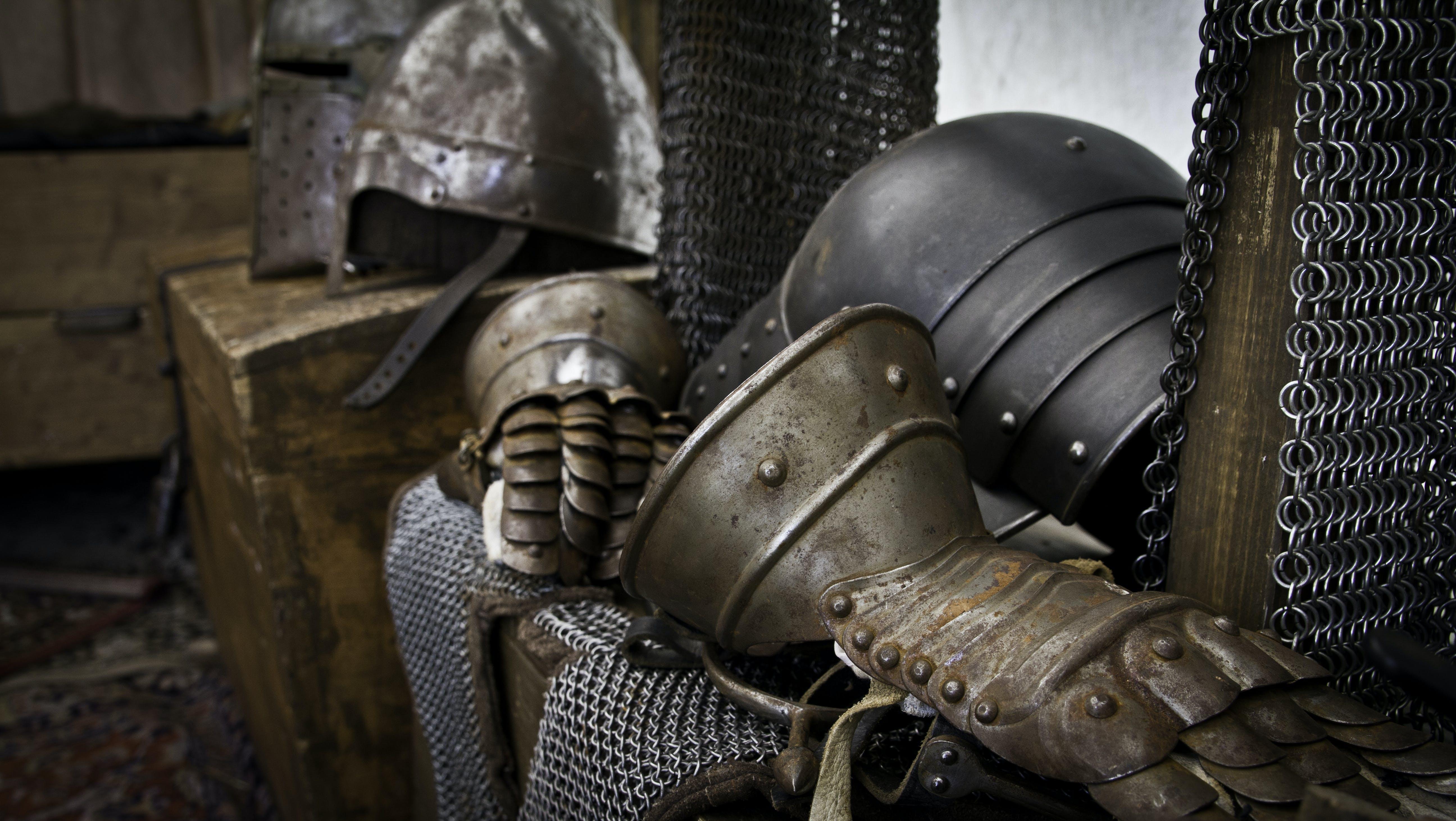 armor, clothes iron, glow