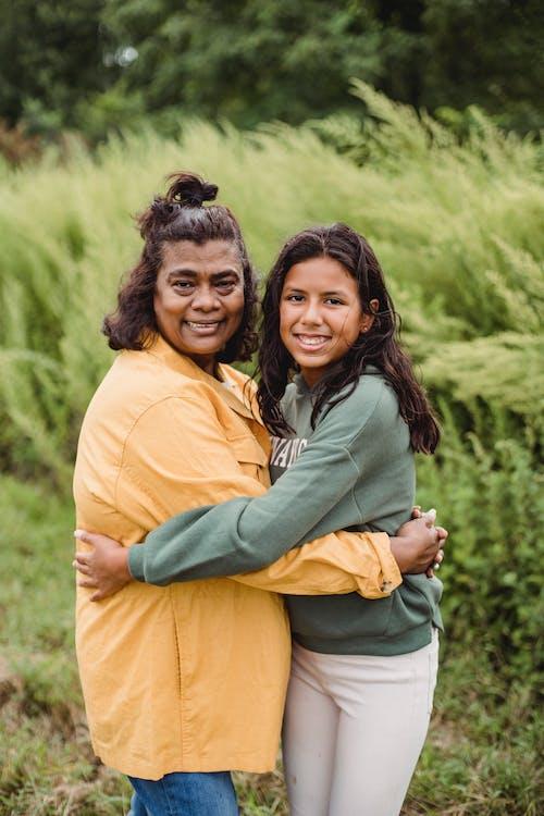 Imagine de stoc gratuită din a fi mamă, afecțiune, brunetă