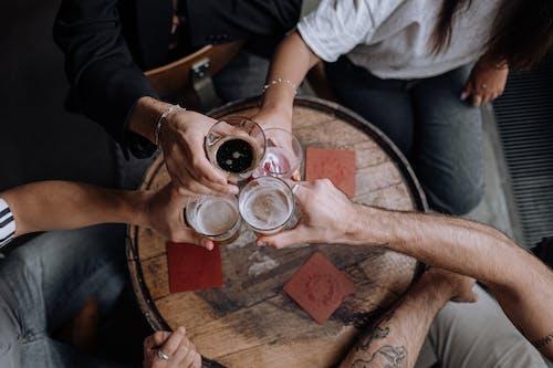 Gratis stockfoto met ale, ambachtelijk bier, ambachtsman