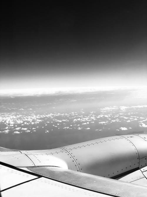 Darmowe zdjęcie z galerii z biały, chmury, czarno-biały, czarny