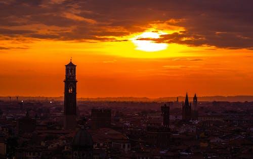 Immagine gratuita di alba, architettura, castello