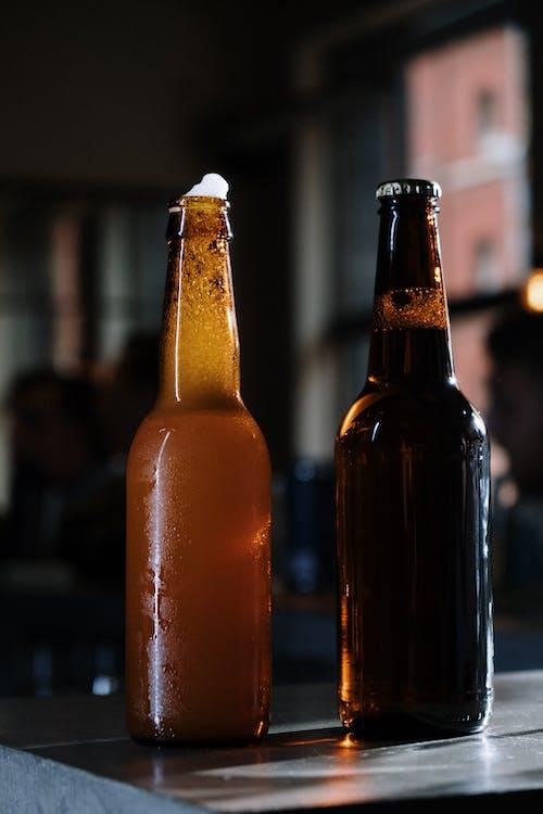Gratis arkivbilde med alkohol, bar, barstativ