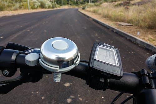 Immagine gratuita di mountain bike, povpov, strada, vegetazione