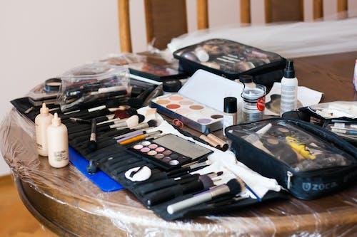 Fotobanka sbezplatnými fotkami na tému kefky, mejkap, pred, svadba