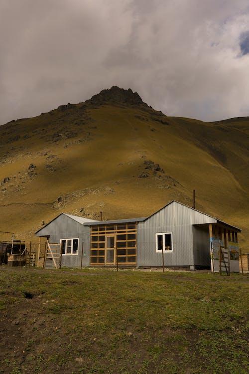 Základová fotografie zdarma na téma architektura, budova, chata, destinace