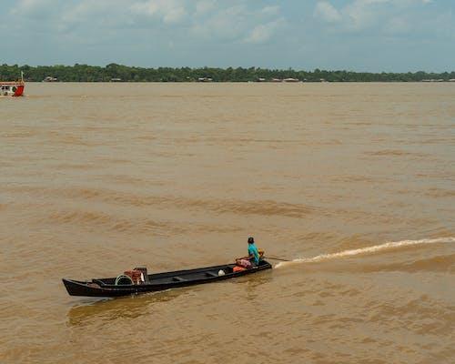 Immagine gratuita di acqua, barca, canoa