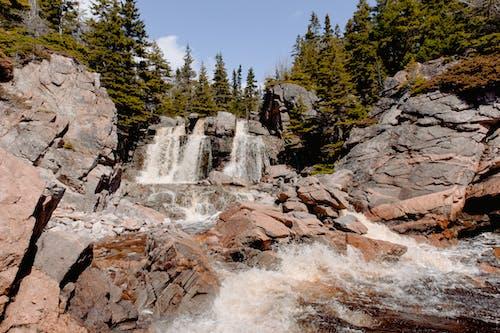 Бесплатное стоковое фото с варварский, вода, водопад, гора