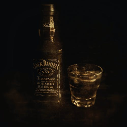 Free stock photo of alcohol bottle, glass, Jack Daniels