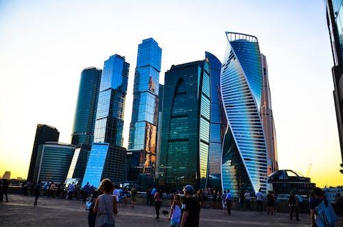 Ingyenes stockfotó csoport, ég, emberek, épületek témában