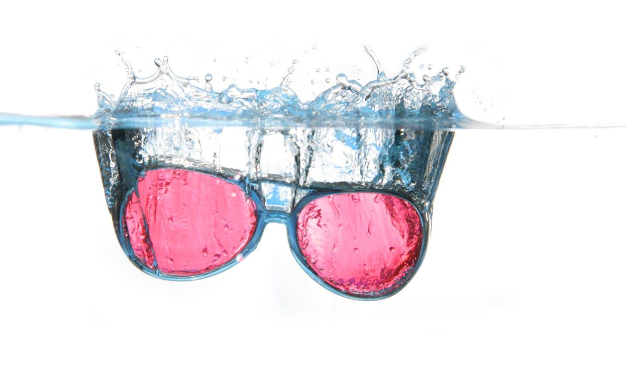 agua, chapotear, Gafas de sol