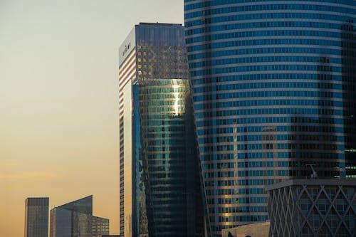 Foto d'estoc gratuïta de ciutat, edifici, torres