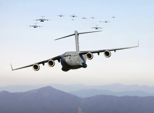 Ilmainen kuvapankkikuva tunnisteilla lasti, lento, lentokone, rahtilentokoneet