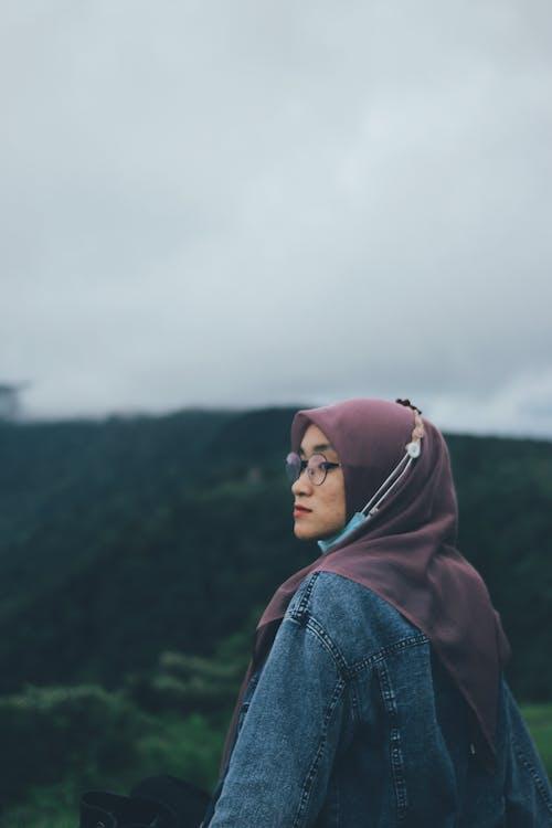 ムーディー, 人, 女性, 山の無料の写真素材