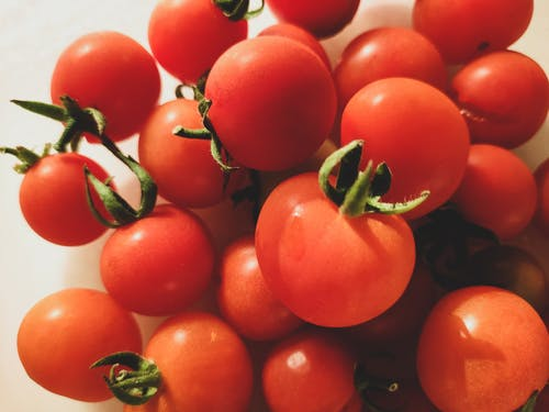 Foto profissional grátis de cherry tomatoes, fresh vegetables, tomatoes