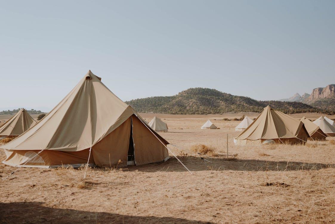 Lều Trong Khu Cắm Trại ở Nông Thôn