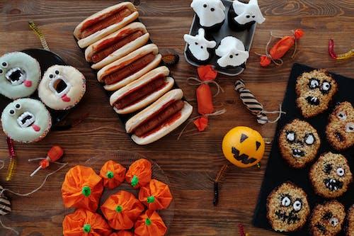 Vielzahl Von Halloween Essen Auf Dem Tisch