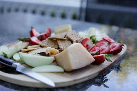 Free stock photo of strawberries, cheese, cheeseplate