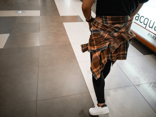 Free stock photo of 90s style, checkered, citystyle, editorial fashion